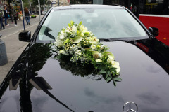 Autogesteck-Car-flower-arrangement-1-2