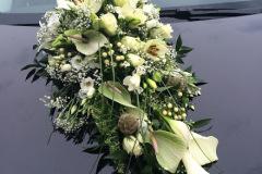 Autogesteck-Car-flower-arrangement-1-1